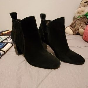 14th & Union Black Suede Booties